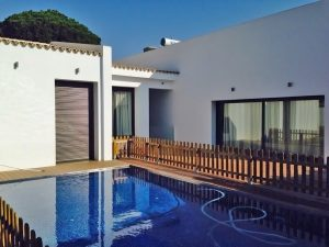 chalet piscina construcciones guzman sevilla