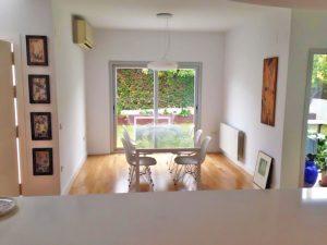 obra diseño interior decoración madera salón Guzmán Construcciones S.L.