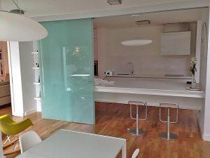 obra diseño interior decoración madera cocina Guzmán Construcciones S.L.